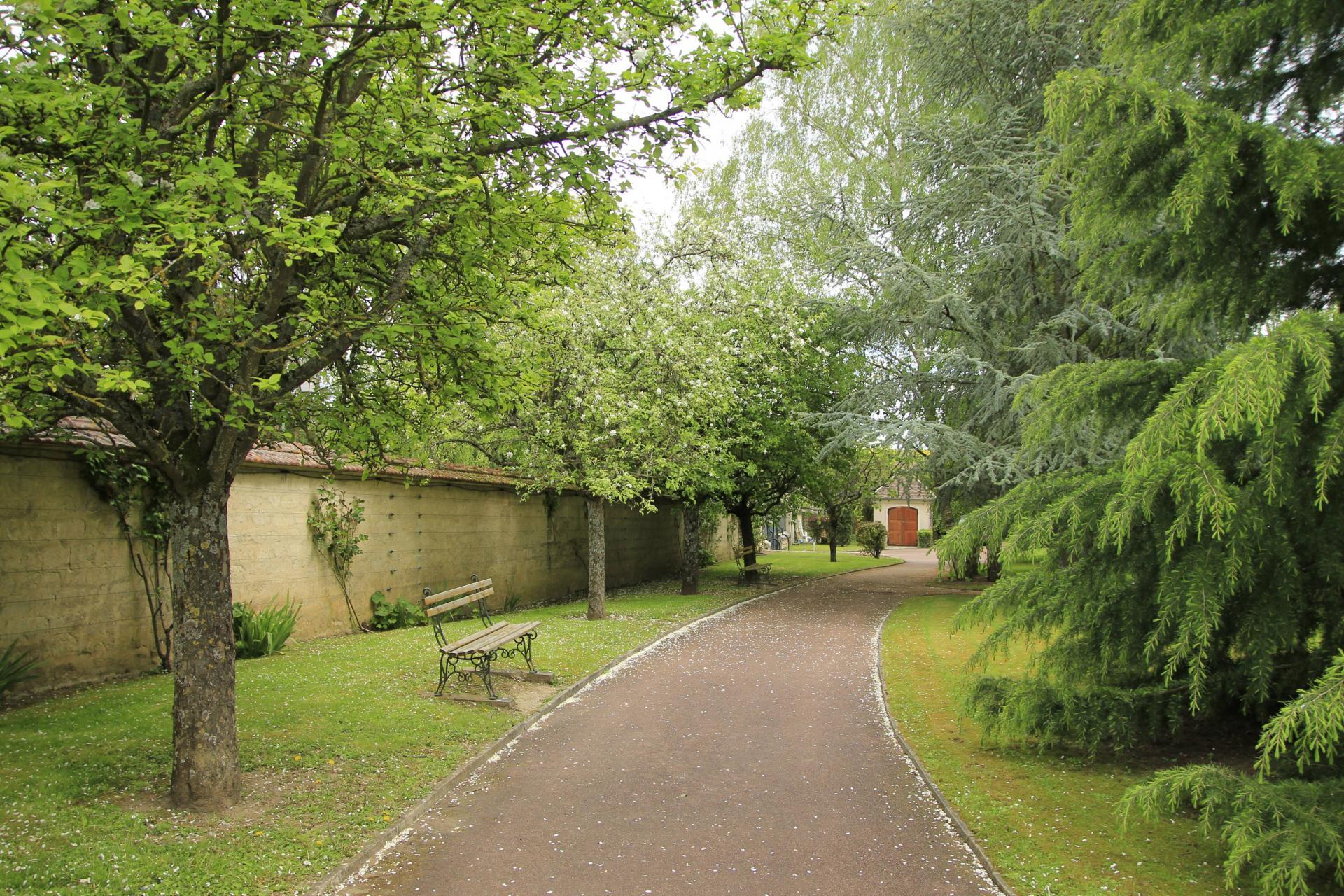 Parc 2 Résidence sénior Maison de Retraite Ma Vallée Us Val d'Oise 95