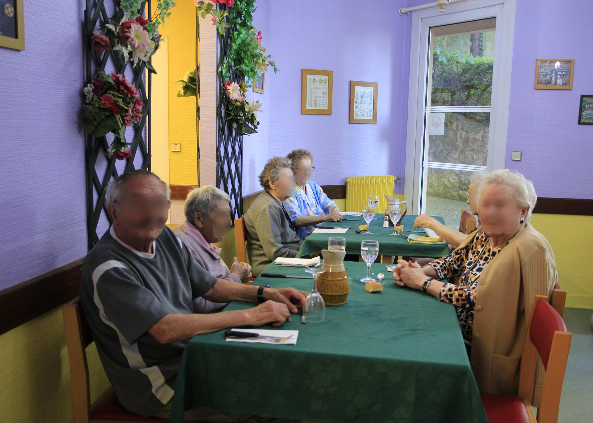 Restaurant 4 Résidence sénior Maison de Retraite Ma Vallée Us Val d'Oise 95
