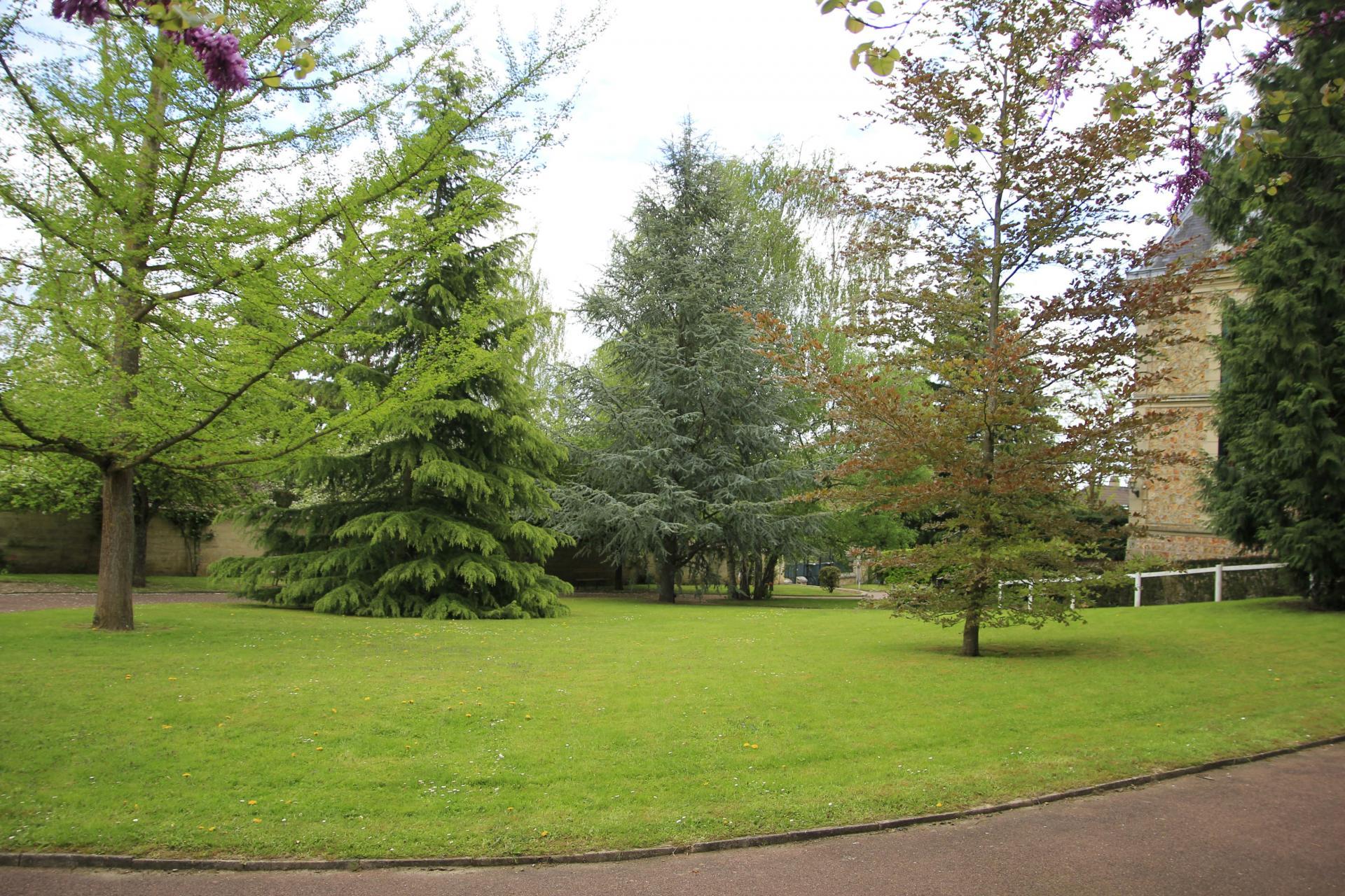 Parc 1 Résidence sénior Maison de Retraite Ma Vallée Us Val d'Oise 95